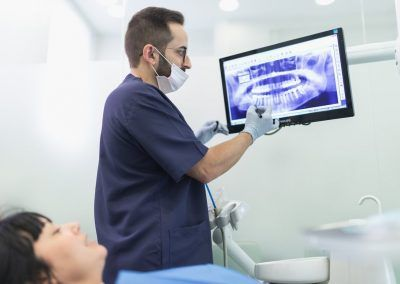 implantes dentales valencia 1254x814
